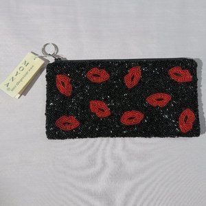 NWT Moyna Lips - Clutch